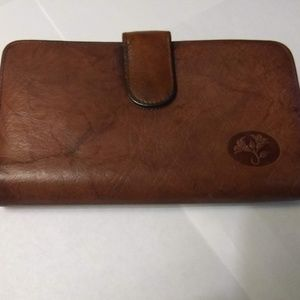 Buxton Vintage Inspired Hand tooled Leather Wallet